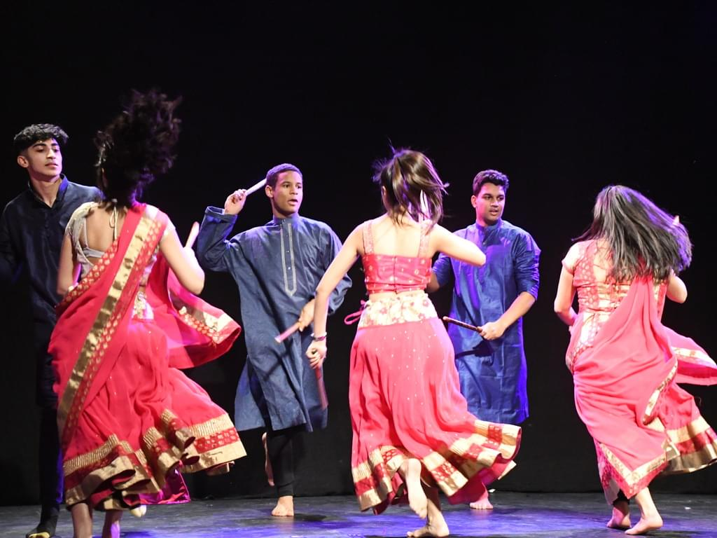 Taal Dancers in Action
