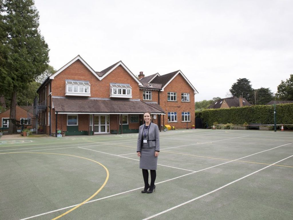 New Headteacher welcomes Heatherton pupils back to school