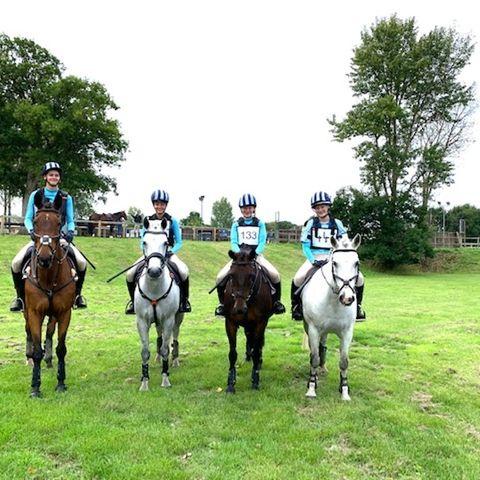Brentwood School Equestrian Team