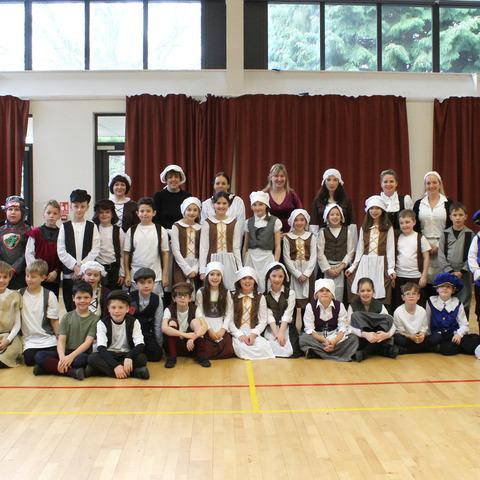J5 Tudor Day Group