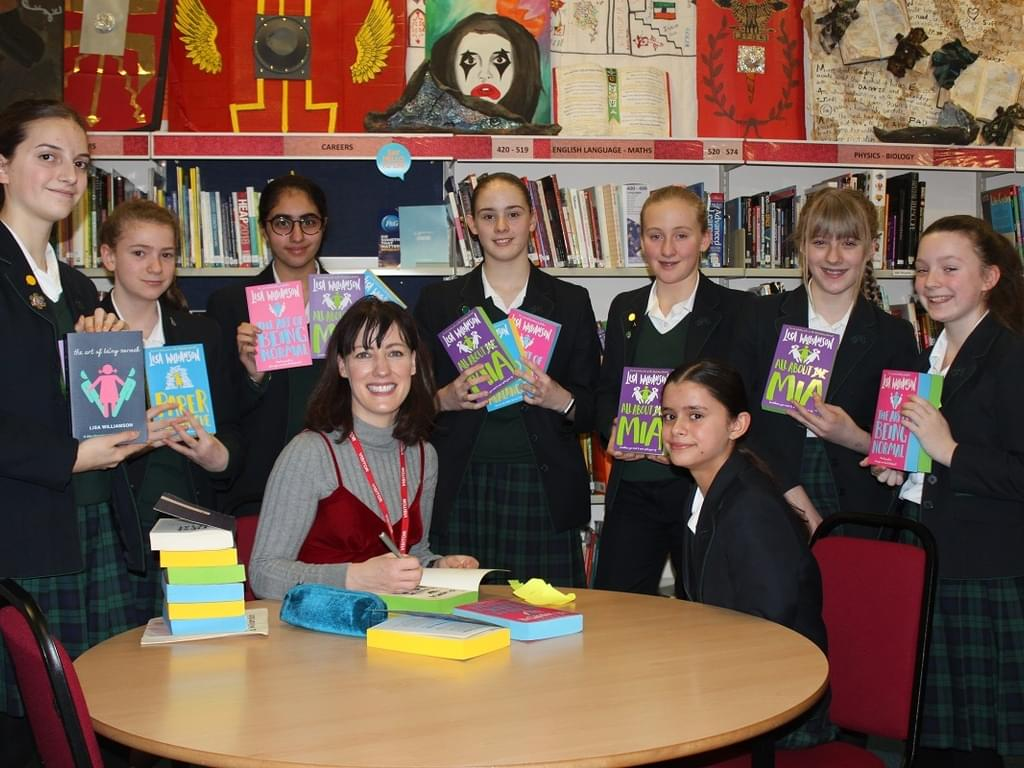 Bestselling Author and Actress Lisa Williamson, Visits Derby High School