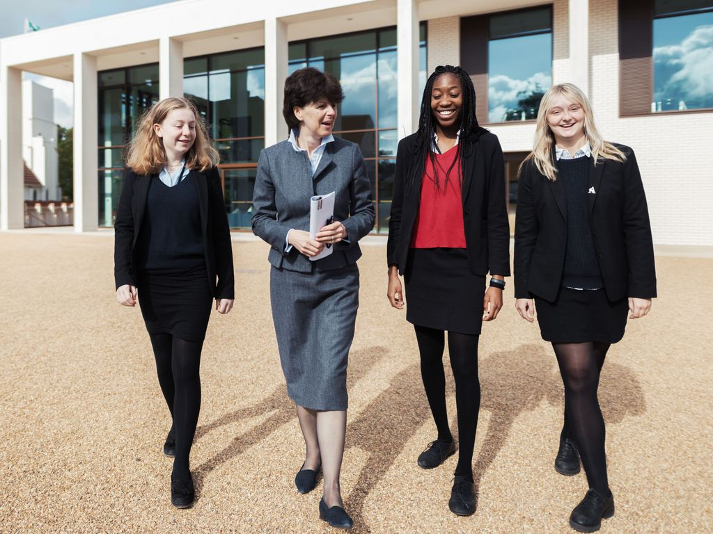Downe House Sixth Form with Headmistress, Mrs Emma McKendrick 2
