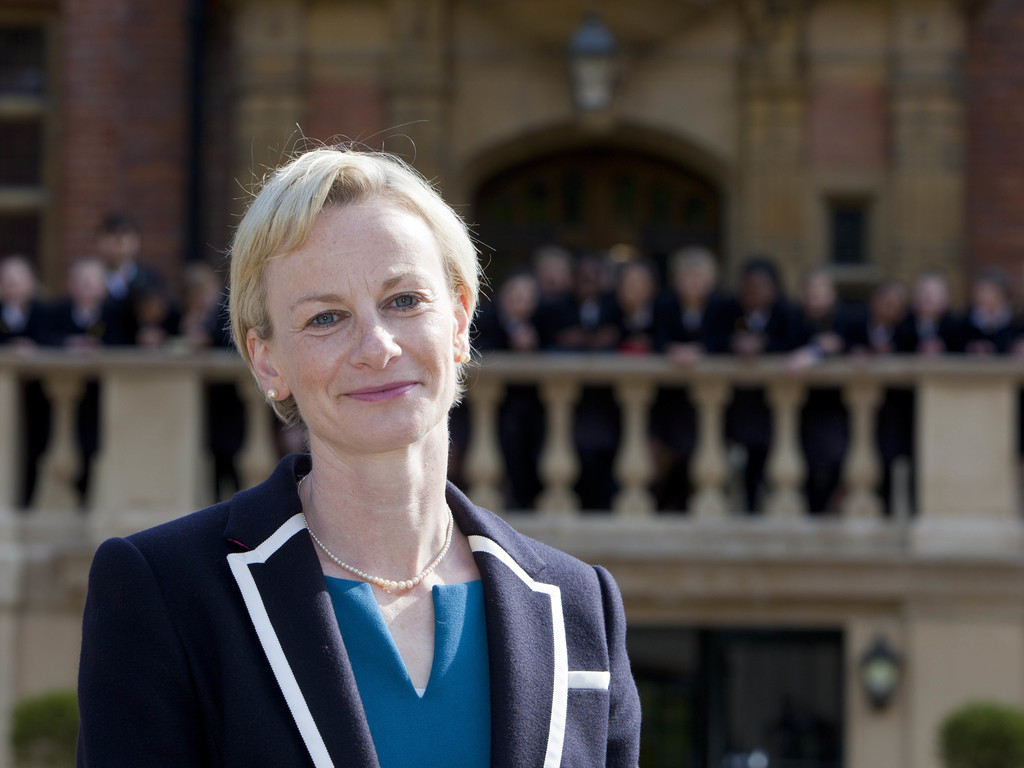Mrs Alex Hutchinson appointed as next Head of JAGS