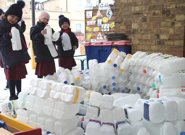 Icy Igloo challenge to recycle plastic
