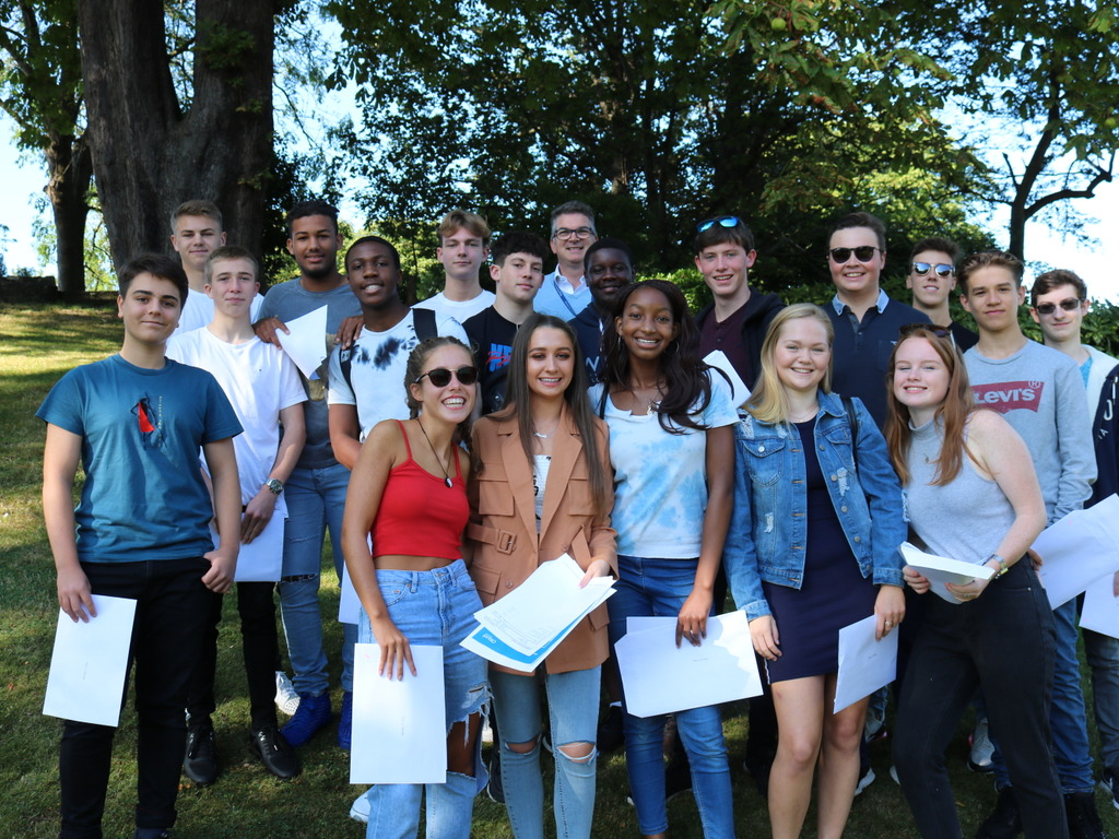 Kings-Rochester-GCSEResults-Principal and Upper Fifth Pupils