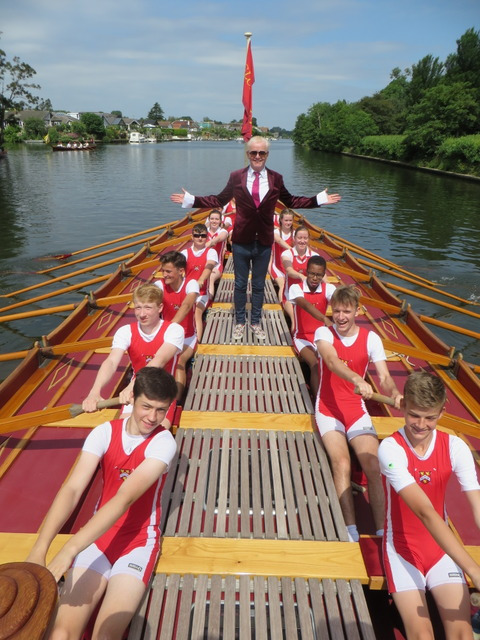 Chris Evans with Kingston Grammar School Rowers