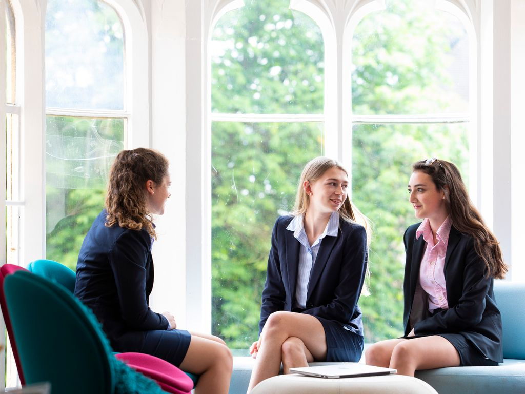 Malvern St James Girls' School - Sixth Form