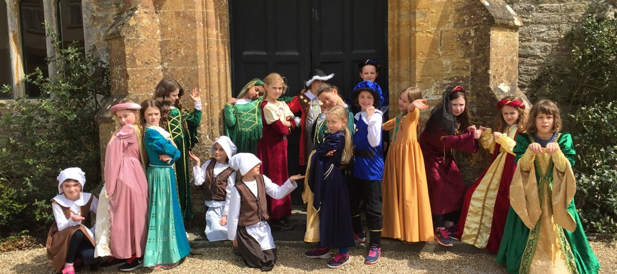 Tudor-tastic at Hooke Court