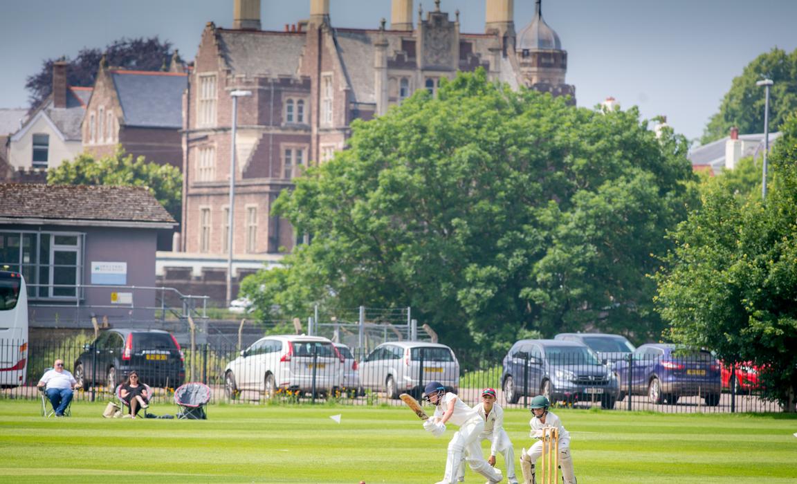Cricketer magazine pic 3