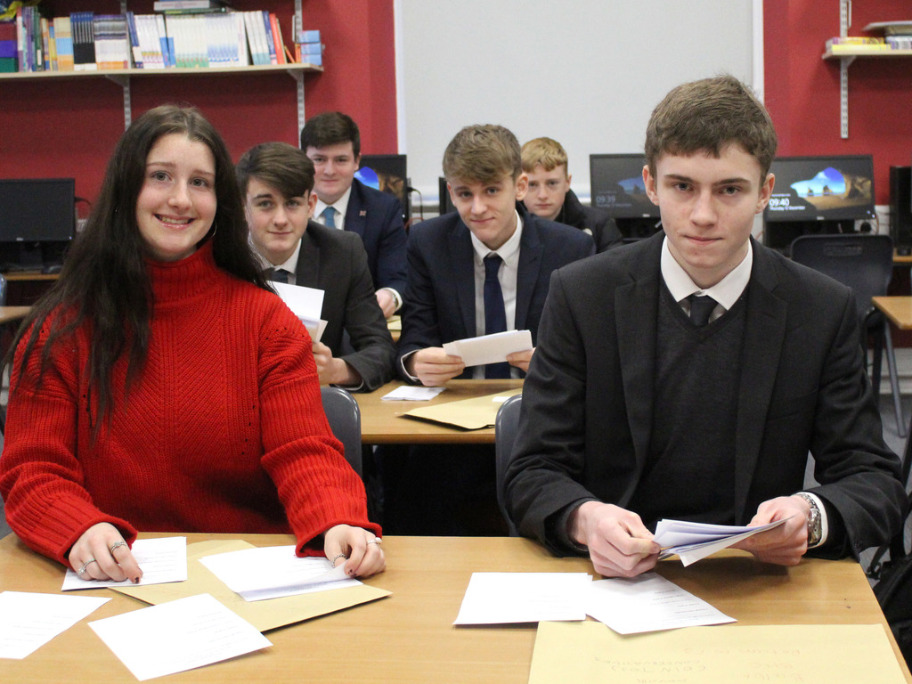 Princethorpe Sixth Formers Counting Votes