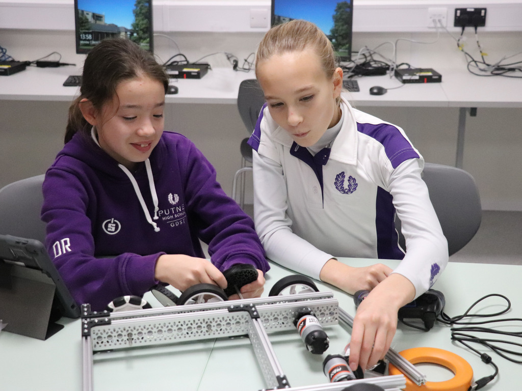 Robotics challenge gets girls into design thinking