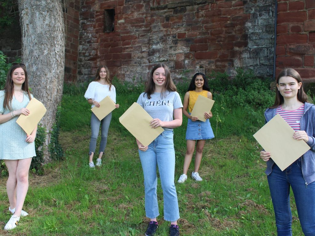GCSE results – Queen's girls hard work pays off