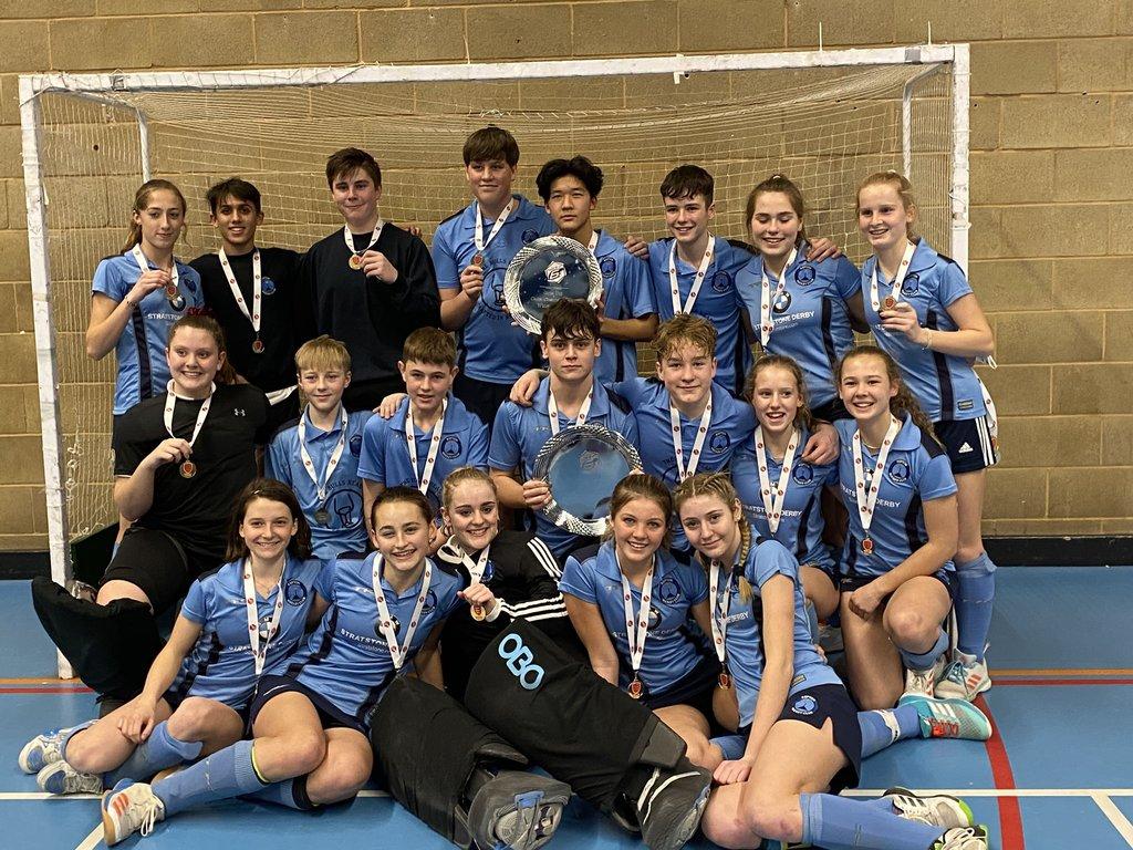 U16 girls and boys picture hockey RHC