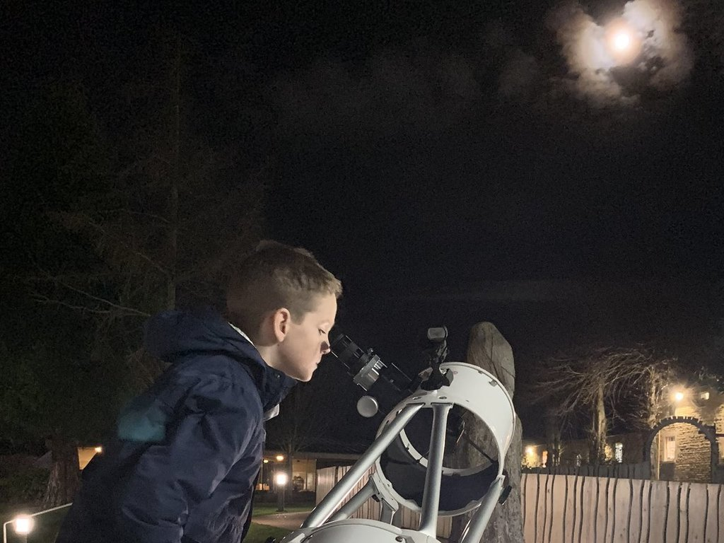 Stargazing at Festival of the Moon