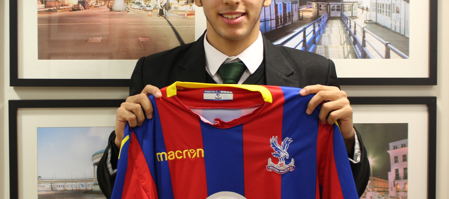 Bede's pupil Ellison Wright with his Crystal Palace shirt