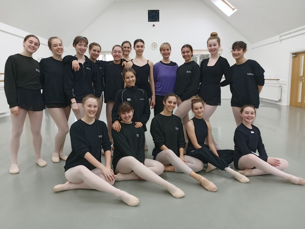 Bede's Legat Dance Academy students with Sarah Wildor