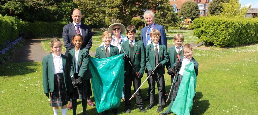 Bede's Prep pupils at Eastbourne's Great Park Clean