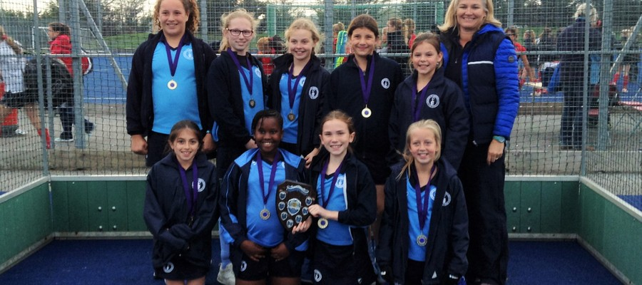 Year 6 Girls In2Hockey Winners