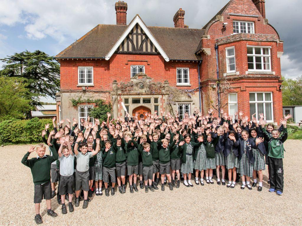 Stroud Children cheering
