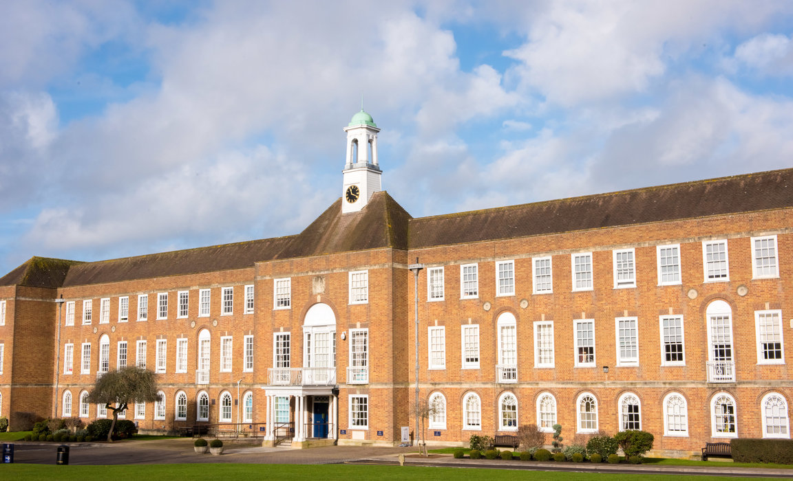St Swithun's bursary foundation to provide places for girls in care