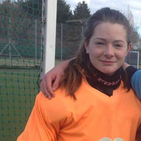 Charlotte Cropped Goalie