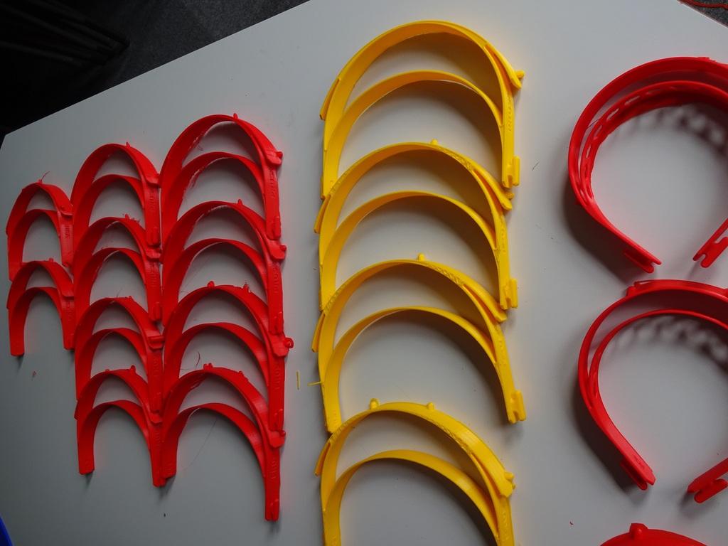 Taunton School 3D printing visors NHS (1)