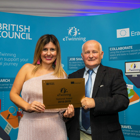 eTwinning Awards 2019 - Esmeralda Salgado receives the award for United in Diversity