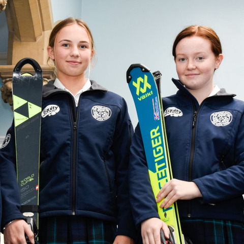 Kingsley Skiers L-R: Lorenza Chapman, Hannah Dennison, Emma Lawton, Cecilia Goldwin
