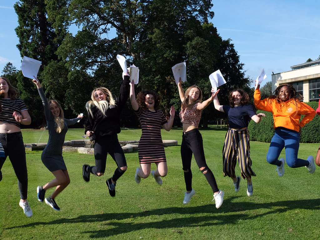 Thornton College announce record results at GCSE