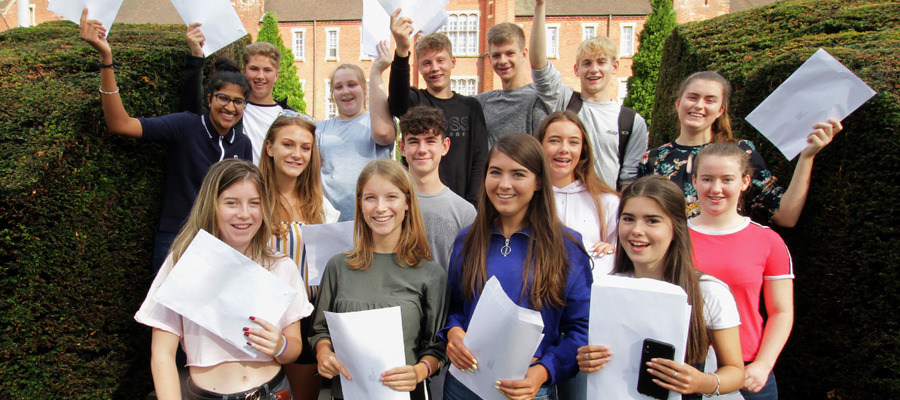 TC_GCSE18_group